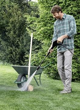 Limpiar herramientas con hidrolimpiadora